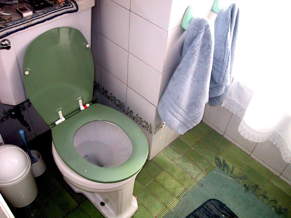 Kafelki czy podłoga w łazience?